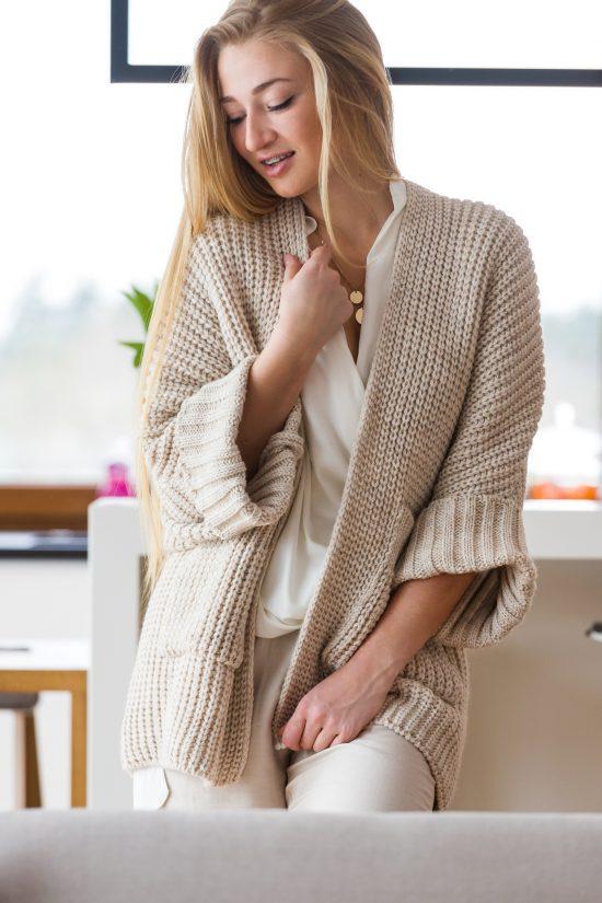 Sweter oversize z kieszeniami