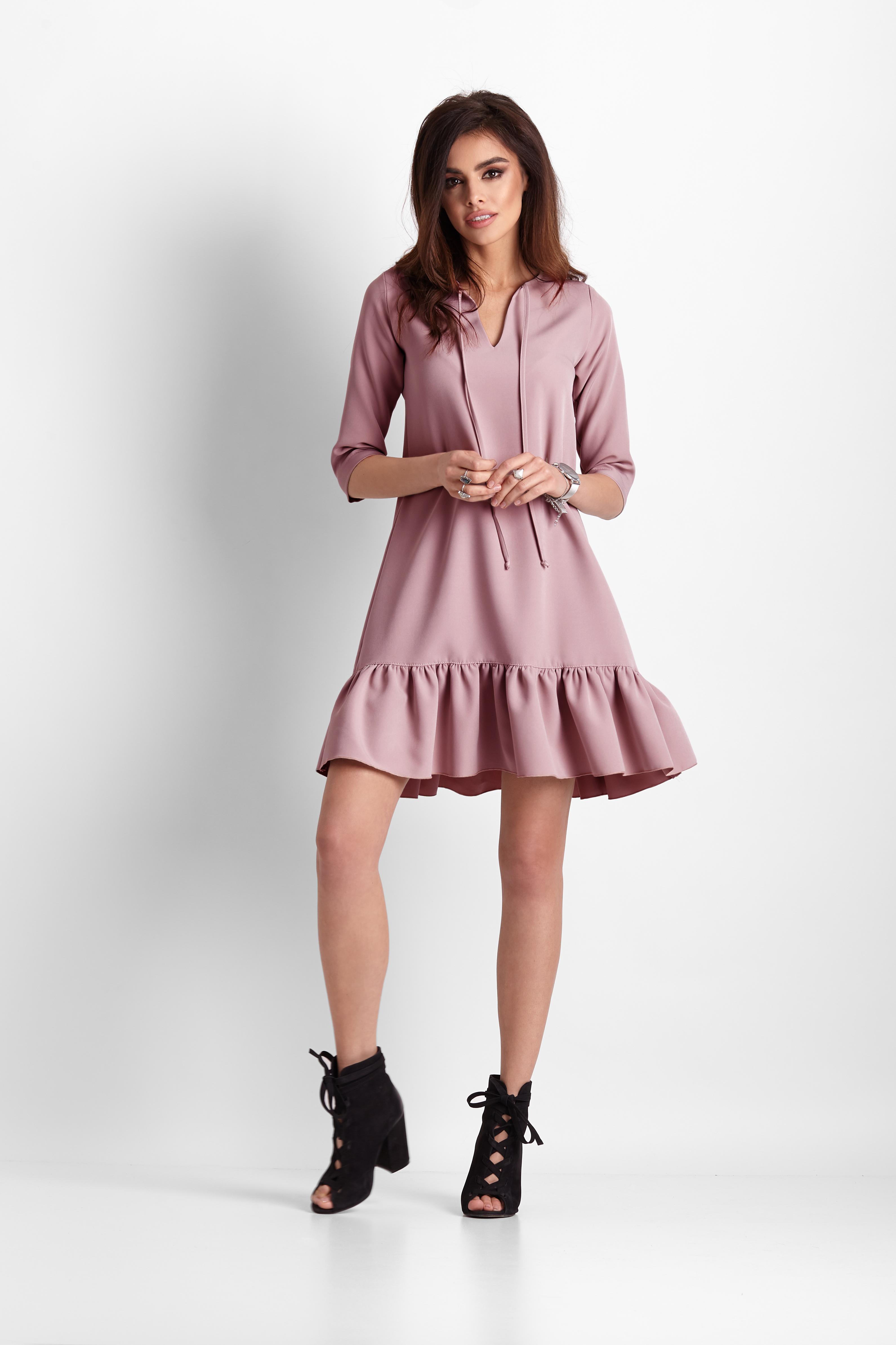 2f85f9e513 Sukienka trapezowa z falbaną różowa - szyta w Polsce - wysyłka od 5 ...