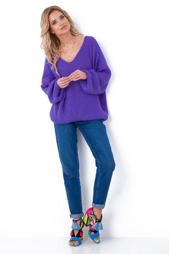 Sweter z dekoltem V ażurowy