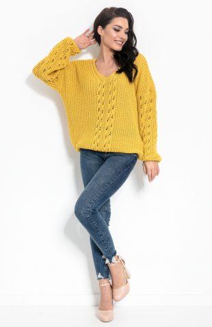 Sweter w serek ażurowy