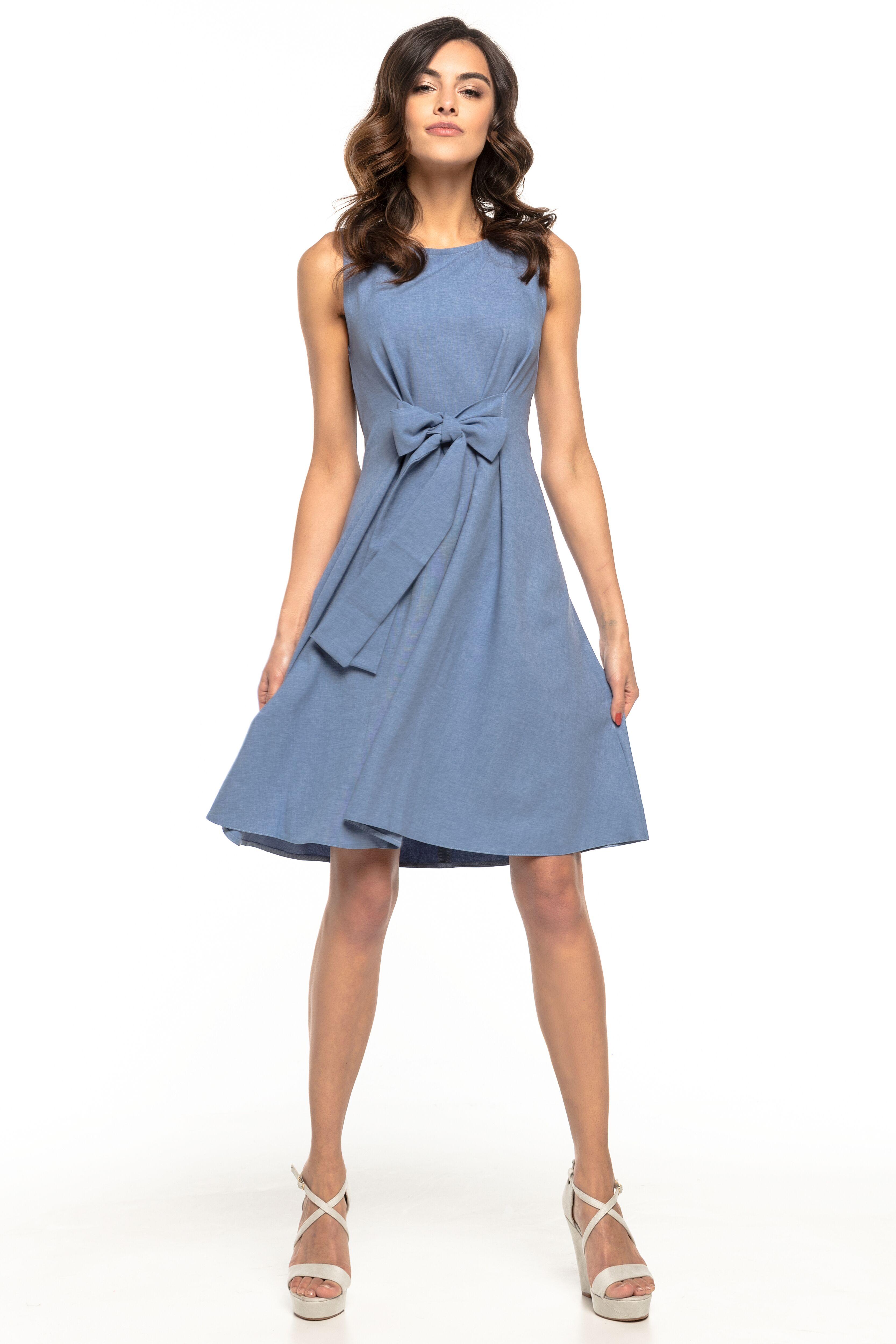 d230fced4b Sukienka rozkloszowana bez rękawów niebieska - tani kurier już od 5 ...