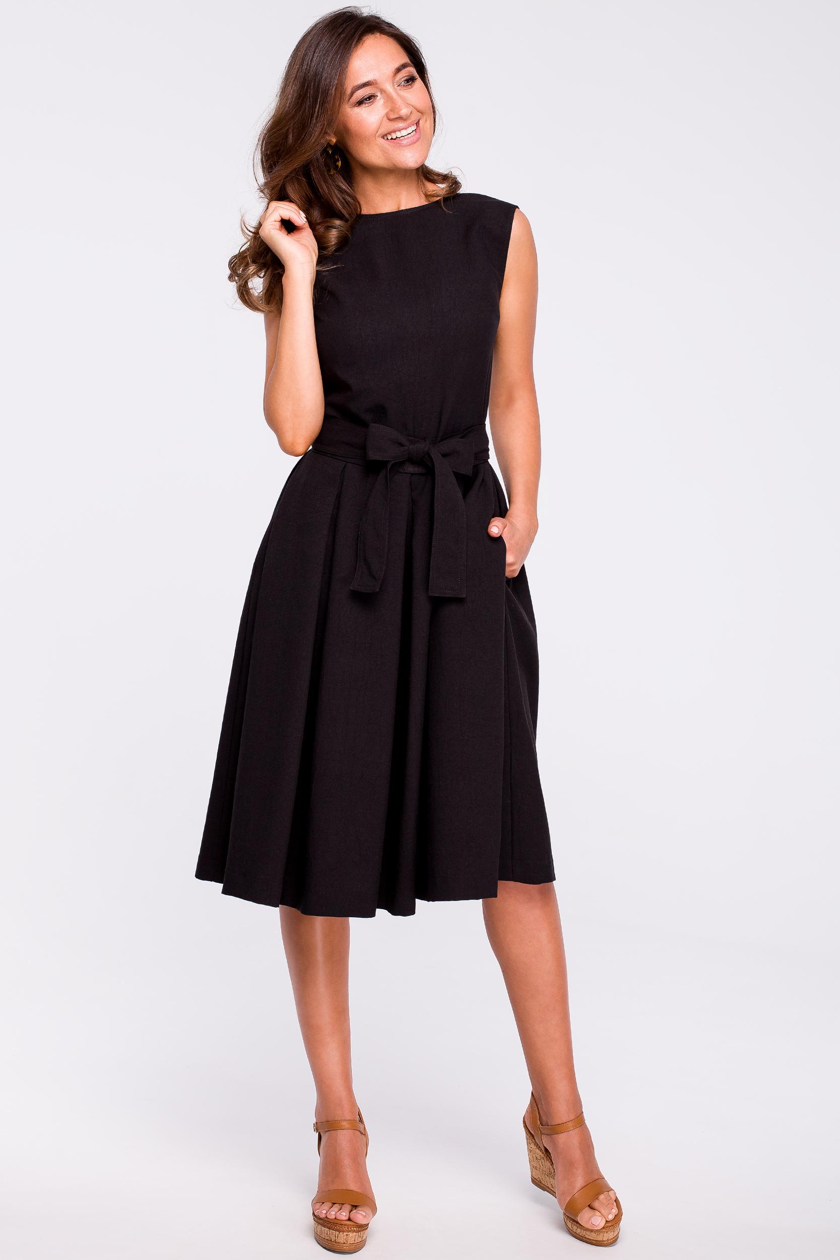 44f76f89e45472 Sukienka rozkloszowana bez rękawów czarna - tani kurier od 5,99 zł