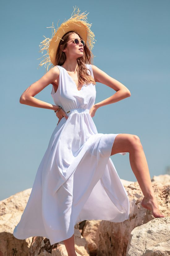 Sukienka maxi na lato biała