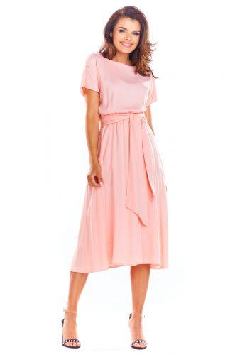 Zwiewna sukienka na lato różowa