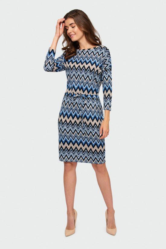 Sukienka dzianinowa w geometryczne wzory