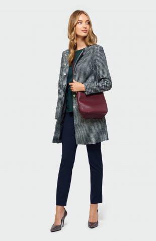 Płaszcz w pepitkę na jesień