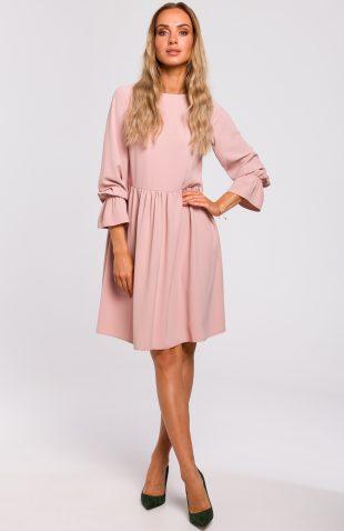 Sukienka odcięta w pasie różowa
