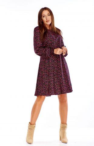 Sukienka rozkloszowana do kolan