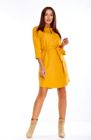 Sukienka wiązana w pasie żółta