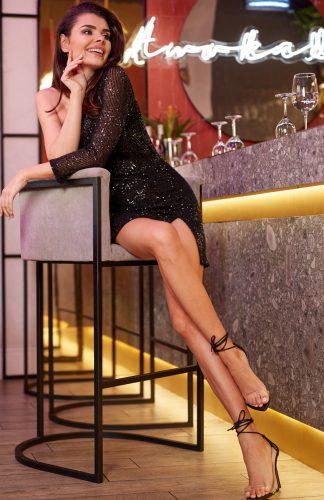 Sukienka z cekinami mini czarna
