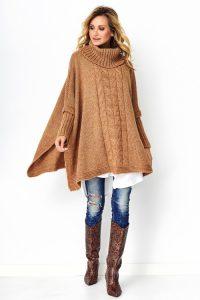 Sweter z golfem długi camelowy