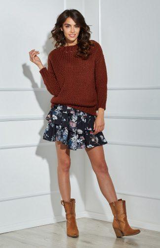 Sweter o grubym splocie