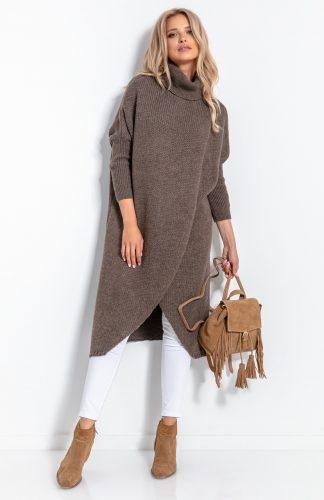 Sweter długi z golfem brązowy