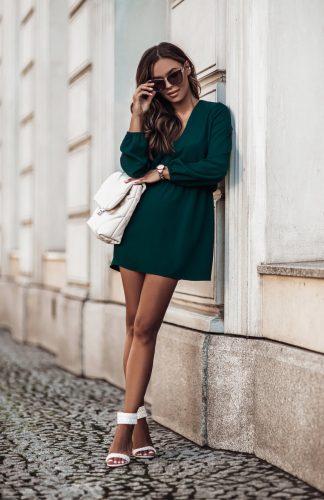 Sukienka rozkloszowana mini z gumką w pasie zielona