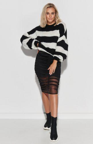 Sweter ovesize ciepły w paski ecru czarny