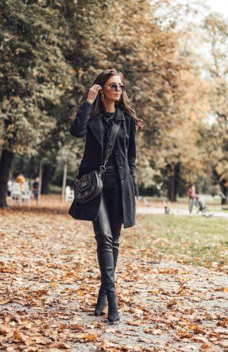 Klasyczny płaszcz damski z wełną czarny