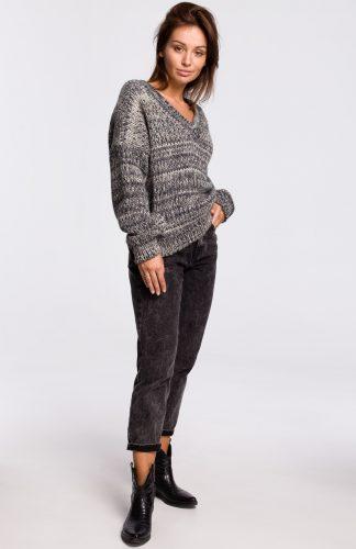 Sweter w serek z grubej przędzy szary