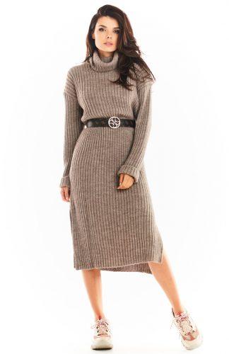 Sukienka swetrowa midi ciepła z golfem brązowa