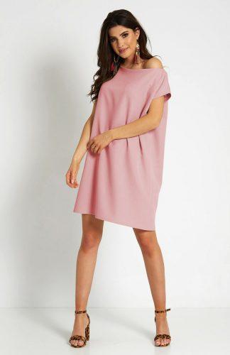 Sukienka trapezowa odsłaniająca ramiona