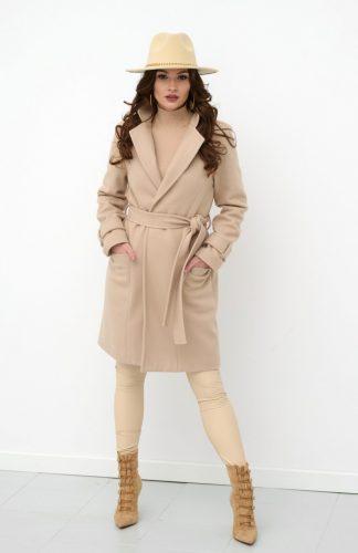 Płaszcz damski elegancki z paskiem beżowy
