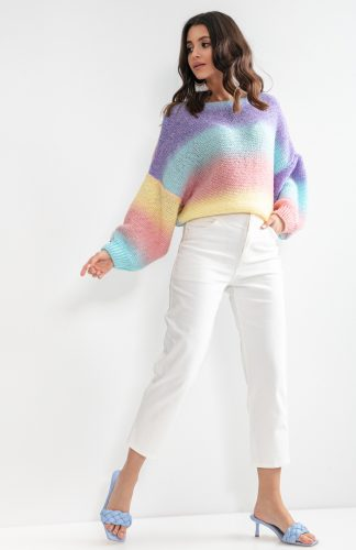 Sweter oversize kolorowy z szerokimi rękawami
