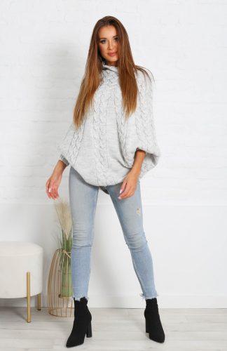 Sweter ponczo oversize z warkoczem